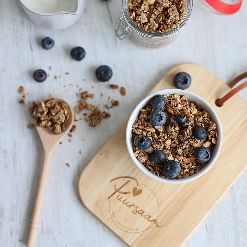Serveerplank met granola - Puursaam